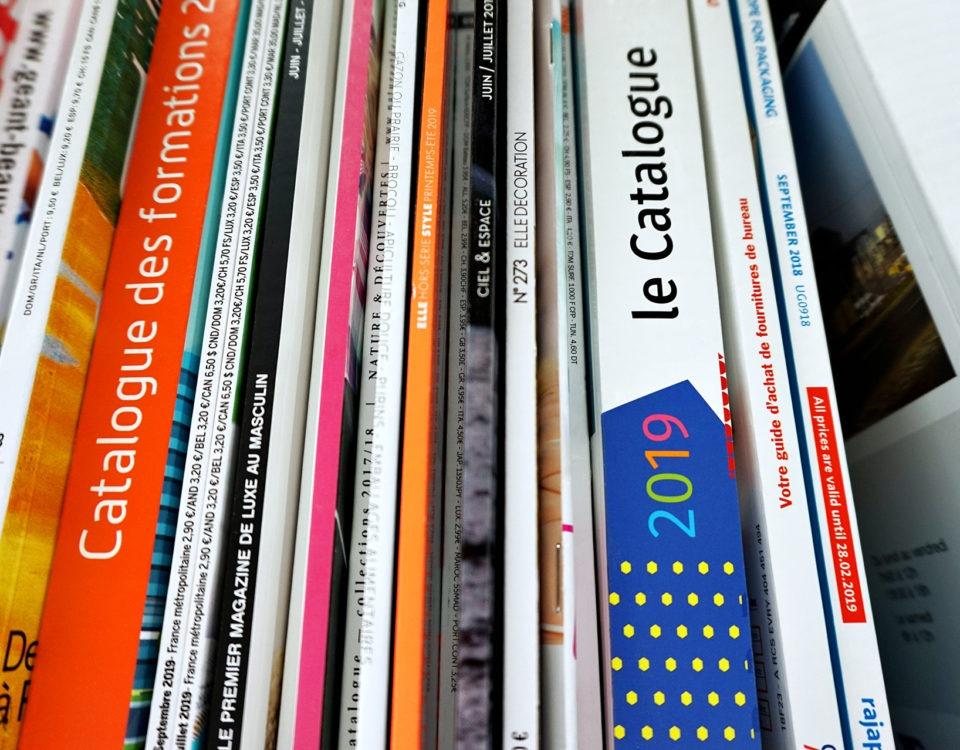mise en avant du brochage effectué chez AGIR GRAPHIC sur nos magazine, brochures et catalogues client
