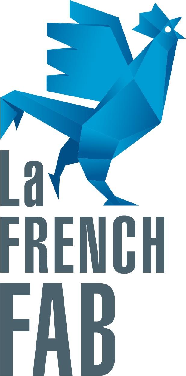 Le logo de la French FAB : French FAB écrit en gros, avec en haut à droite un coq bleu